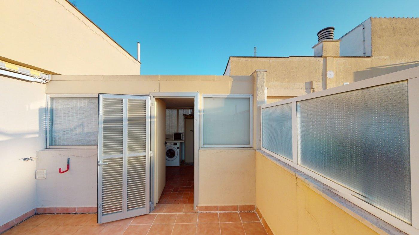 Luminoso Ático con vistas despejadas y terraza - imagenInmueble23