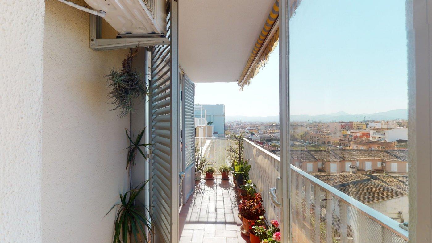 Luminoso Ático con vistas despejadas y terraza - imagenInmueble24