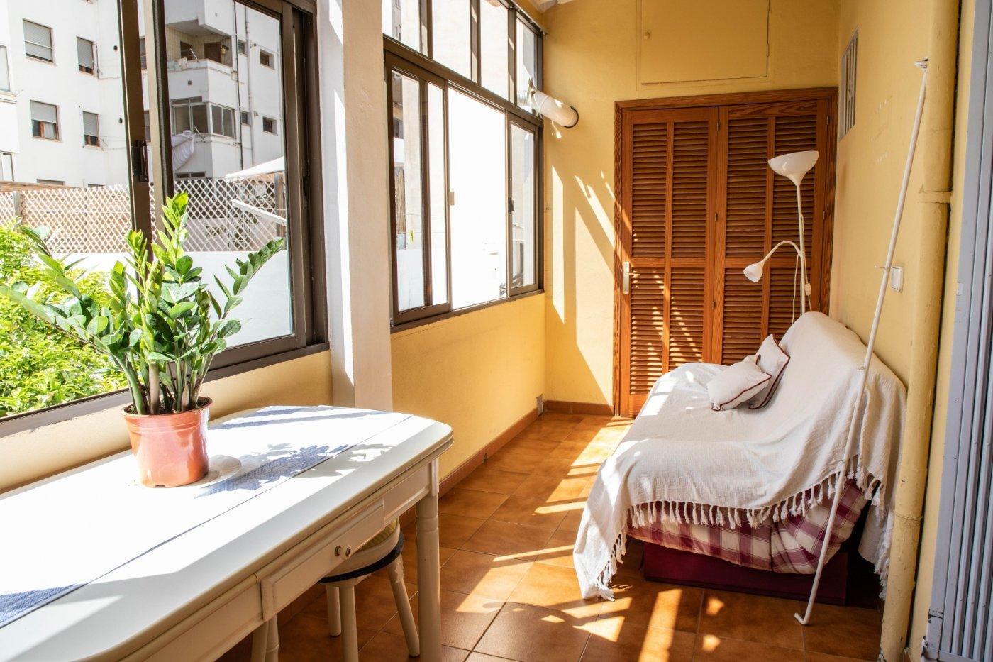 Primer piso con terrado privado en santa catalina - imagenInmueble10