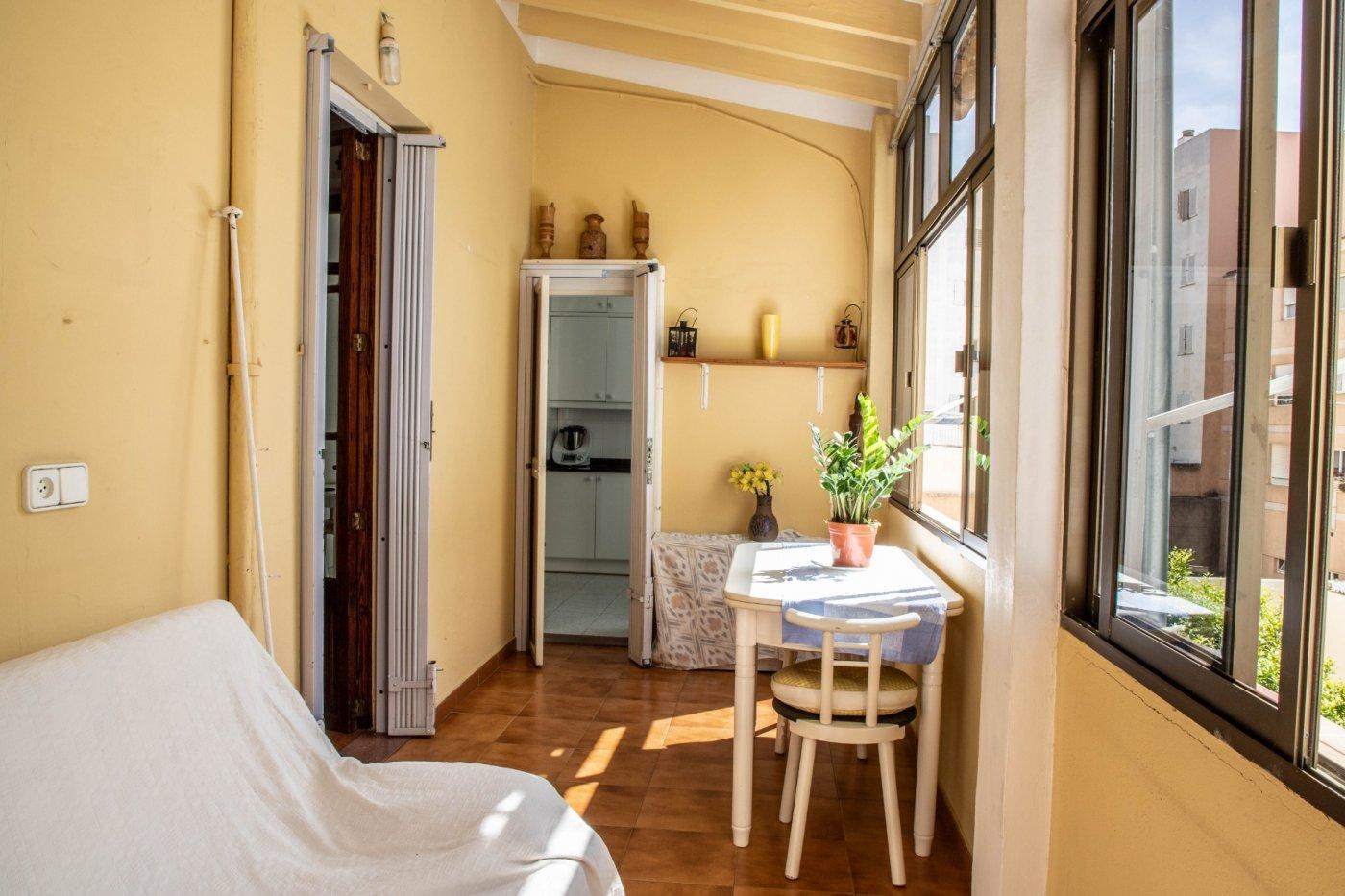 Primer piso con terrado privado en santa catalina - imagenInmueble12