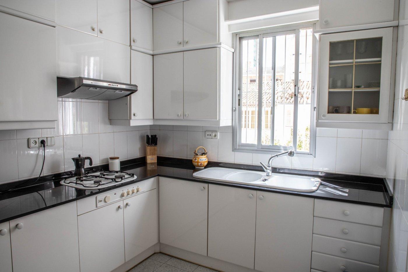 Primer piso con terrado privado en santa catalina - imagenInmueble15