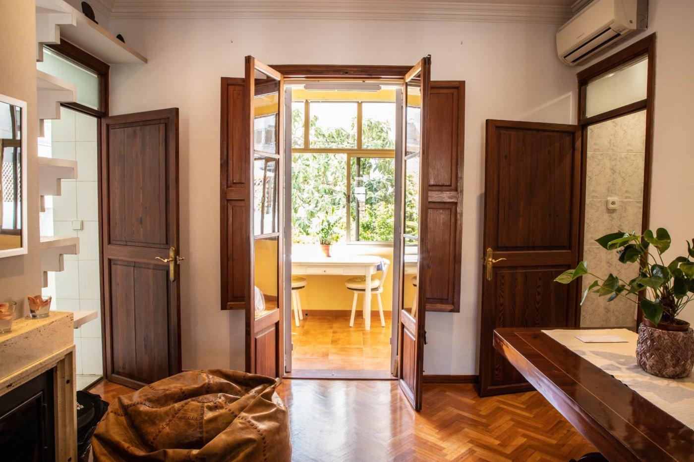 Primer piso con terrado privado en santa catalina - imagenInmueble1