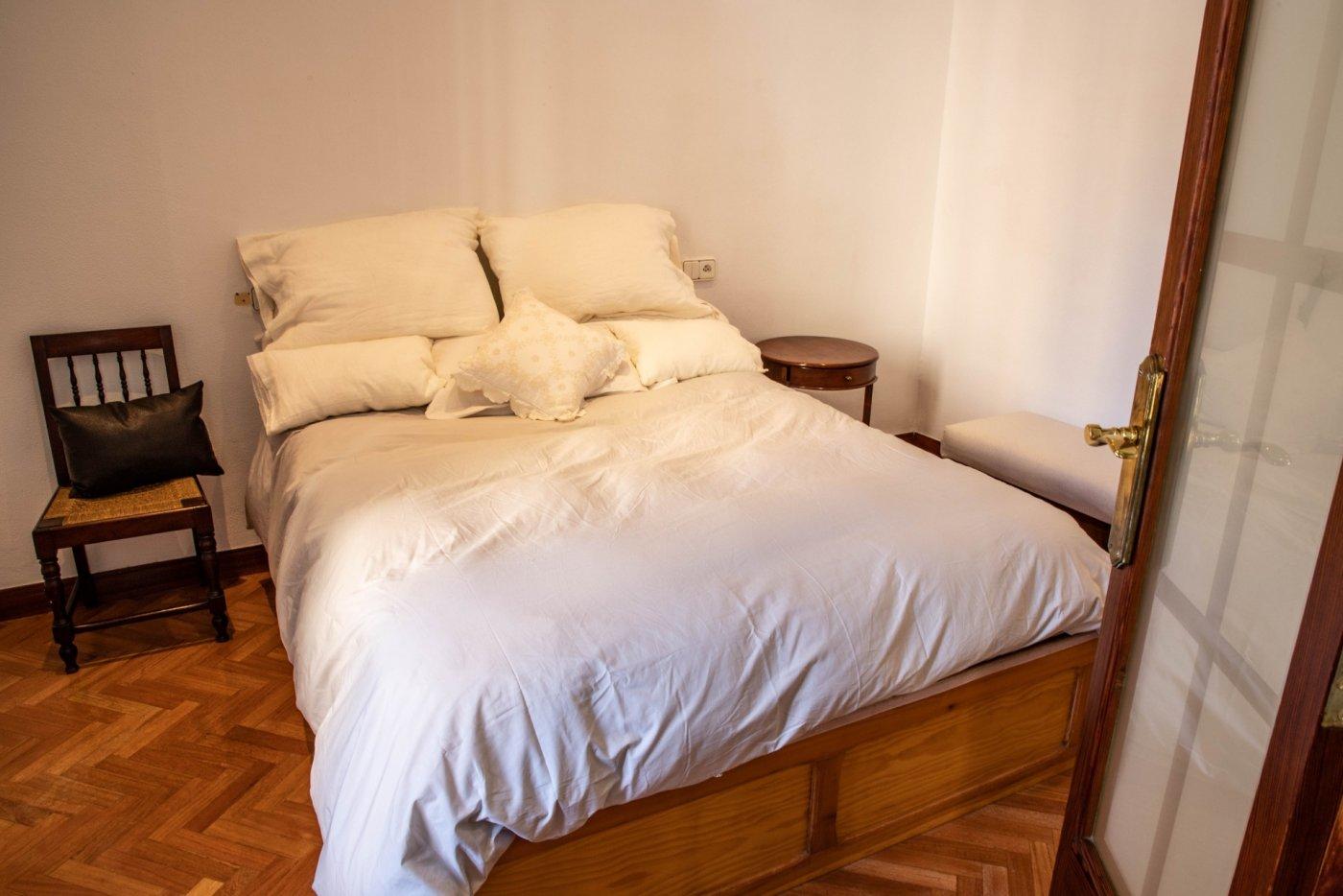 Primer piso con terrado privado en santa catalina - imagenInmueble20