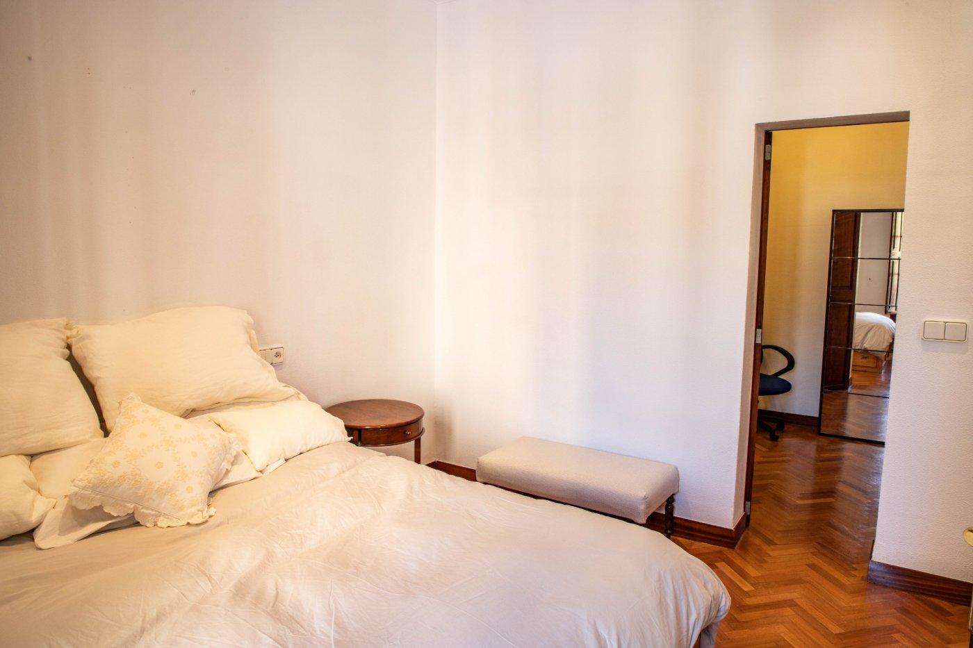 Primer piso con terrado privado en santa catalina - imagenInmueble23