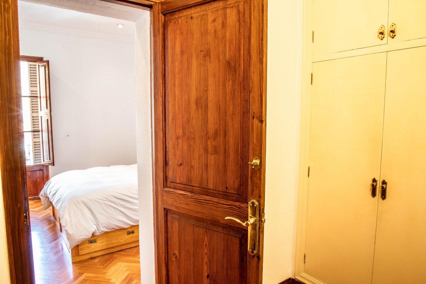 Primer piso con terrado privado en santa catalina - imagenInmueble24