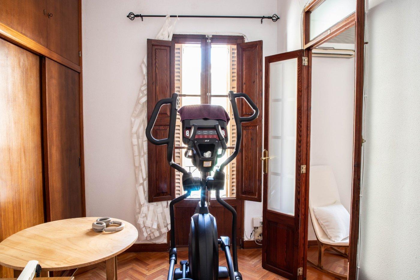 Primer piso con terrado privado en santa catalina - imagenInmueble27