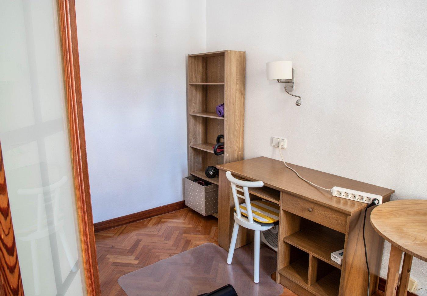 Primer piso con terrado privado en santa catalina - imagenInmueble28