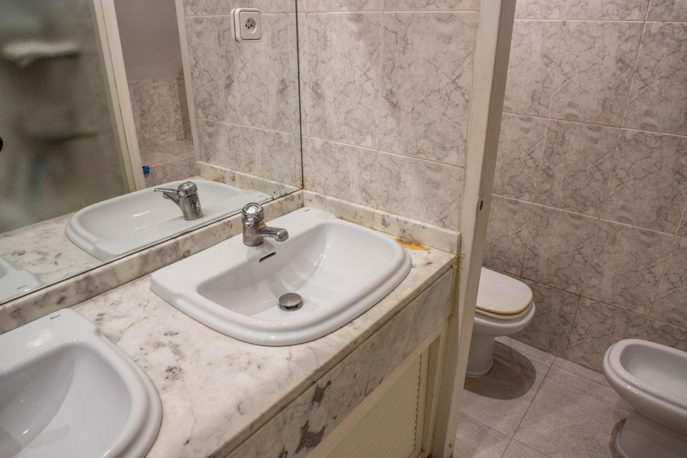 Primer piso con terrado privado en santa catalina - imagenInmueble29