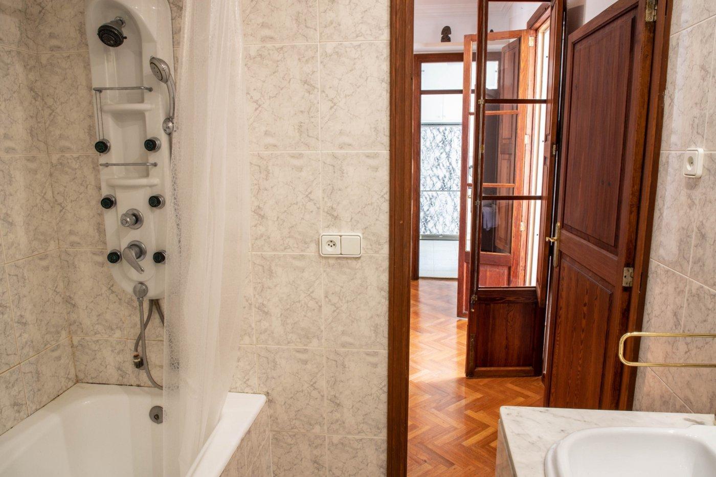 Primer piso con terrado privado en santa catalina - imagenInmueble30