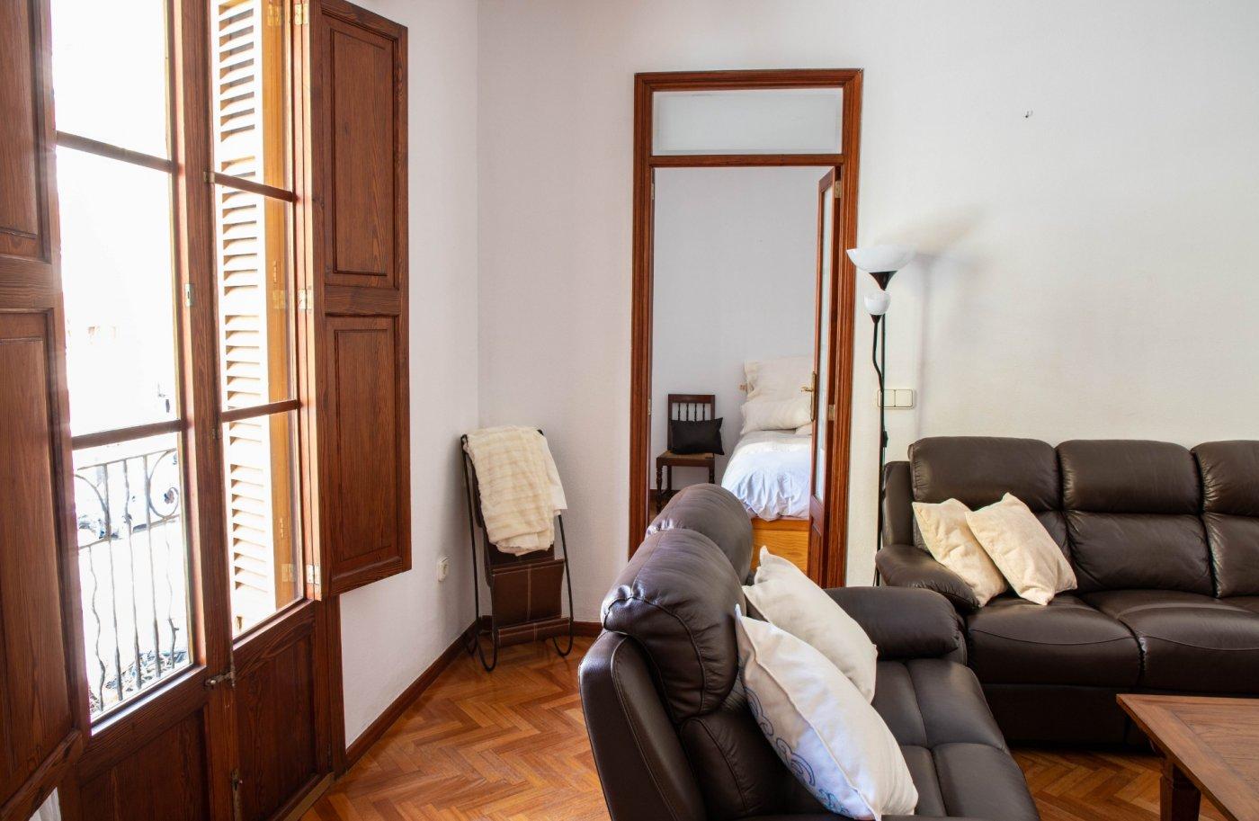 Primer piso con terrado privado en santa catalina - imagenInmueble5