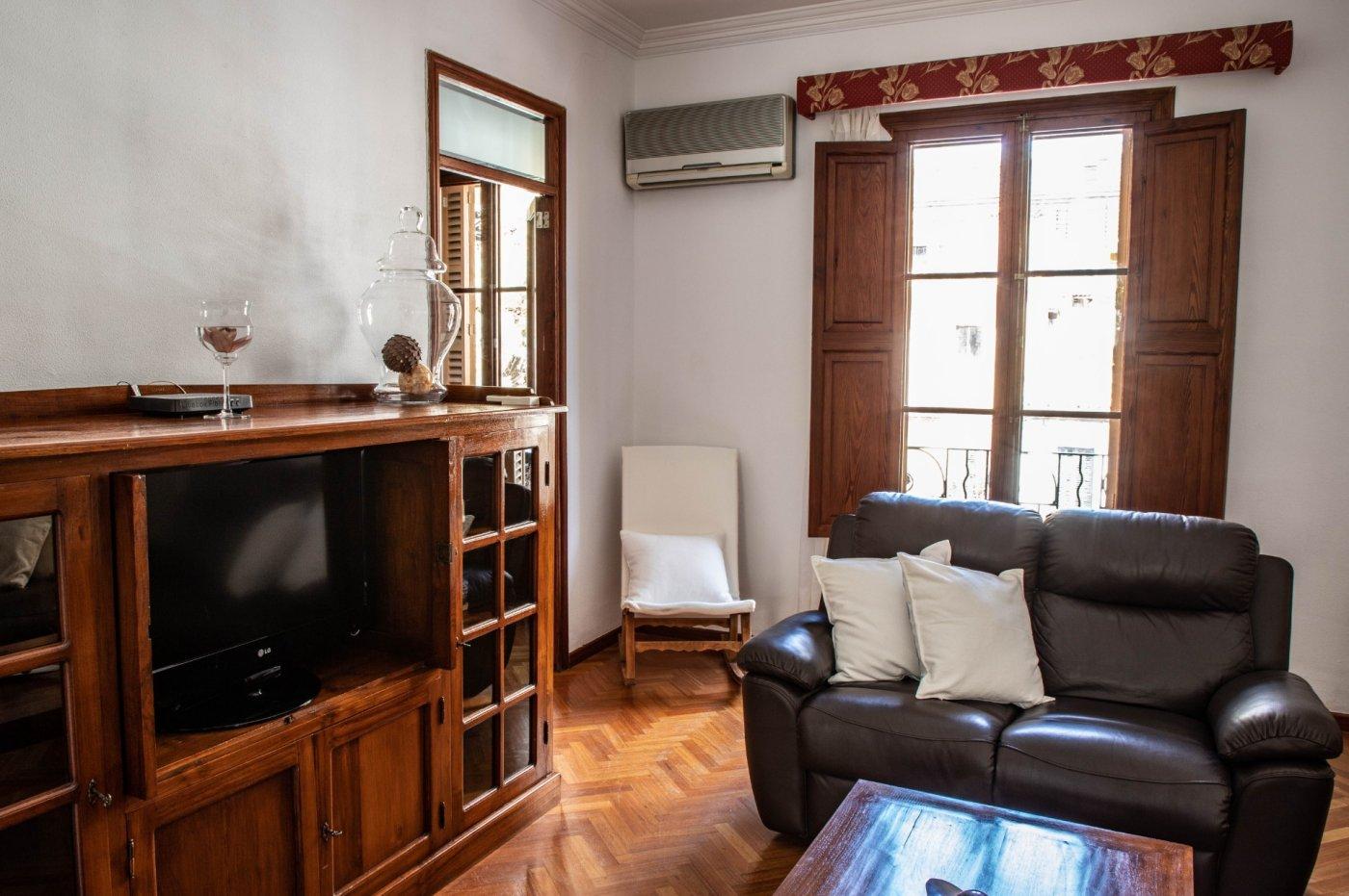 Primer piso con terrado privado en santa catalina - imagenInmueble7