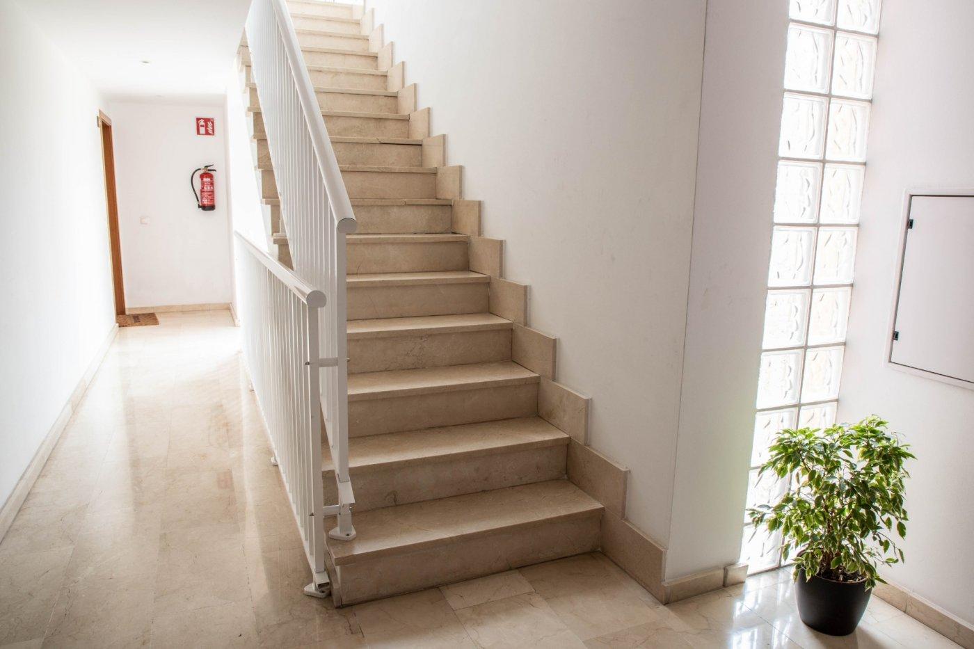 En venta espectacular piso en el terreno cerca al paseo maritimo - imagenInmueble24