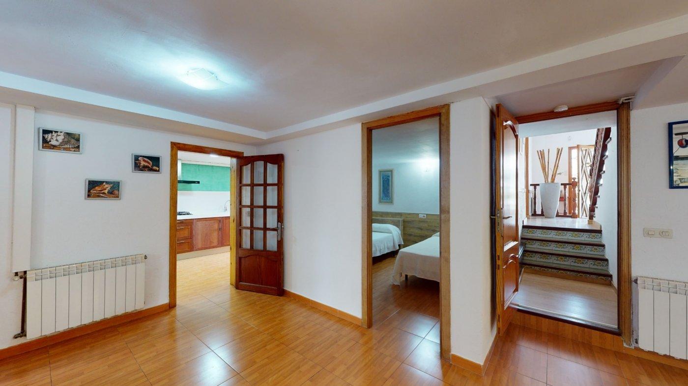 Bonita villa con licencia vacacional para 12 plazas ubicada en puerto de alcúdia - imagenInmueble24