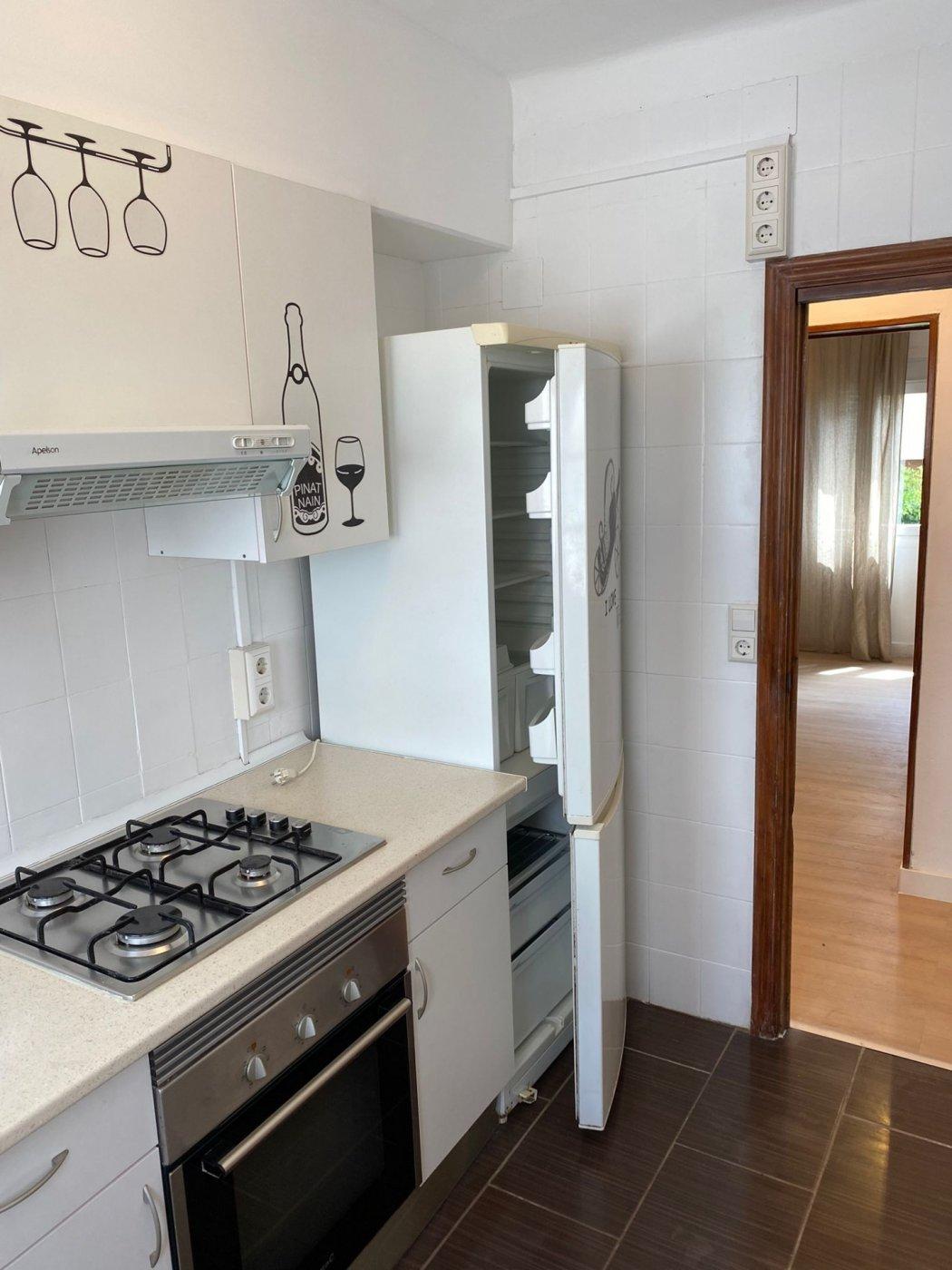 En alquiler piso con inmejorable ubicación - imagenInmueble10