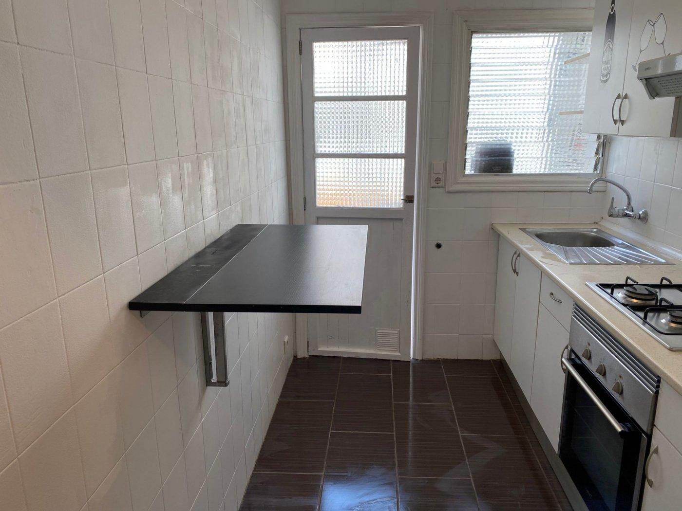 En alquiler piso con inmejorable ubicación - imagenInmueble11
