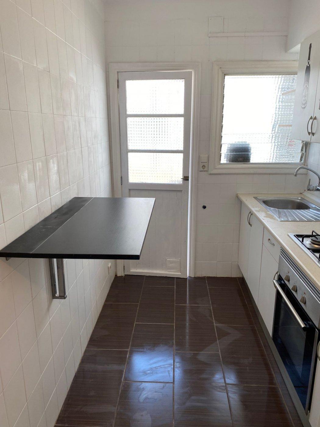 En alquiler piso con inmejorable ubicación - imagenInmueble12