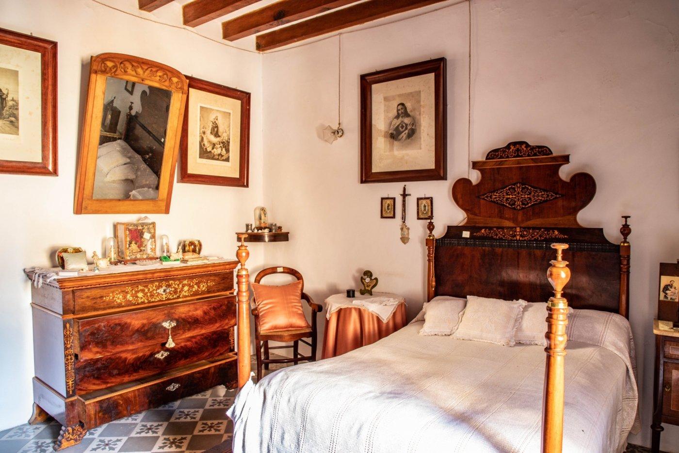 En venta excelente casa en el centro de pollensa - imagenInmueble24