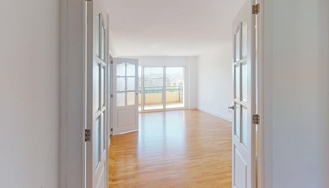 Céntrico piso en palma - imagenInmueble3
