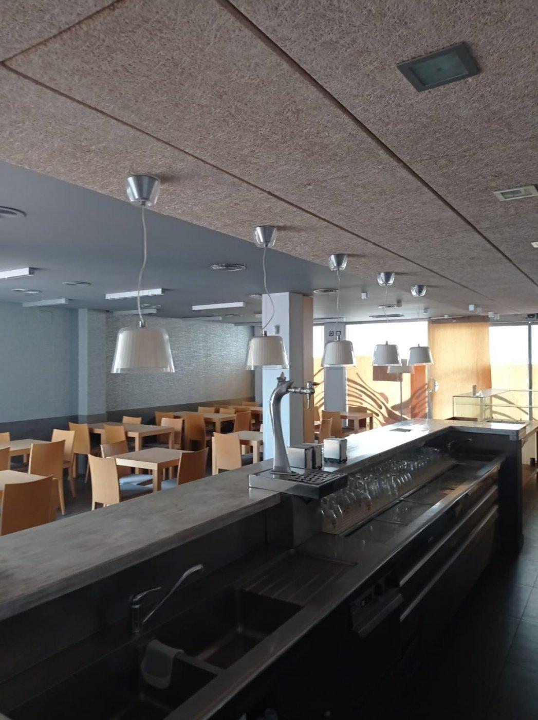 Venta o alquiler con opciÓn a compra de restaurante-bar en el centro de mahÓn totalmente e - imagenInmueble9