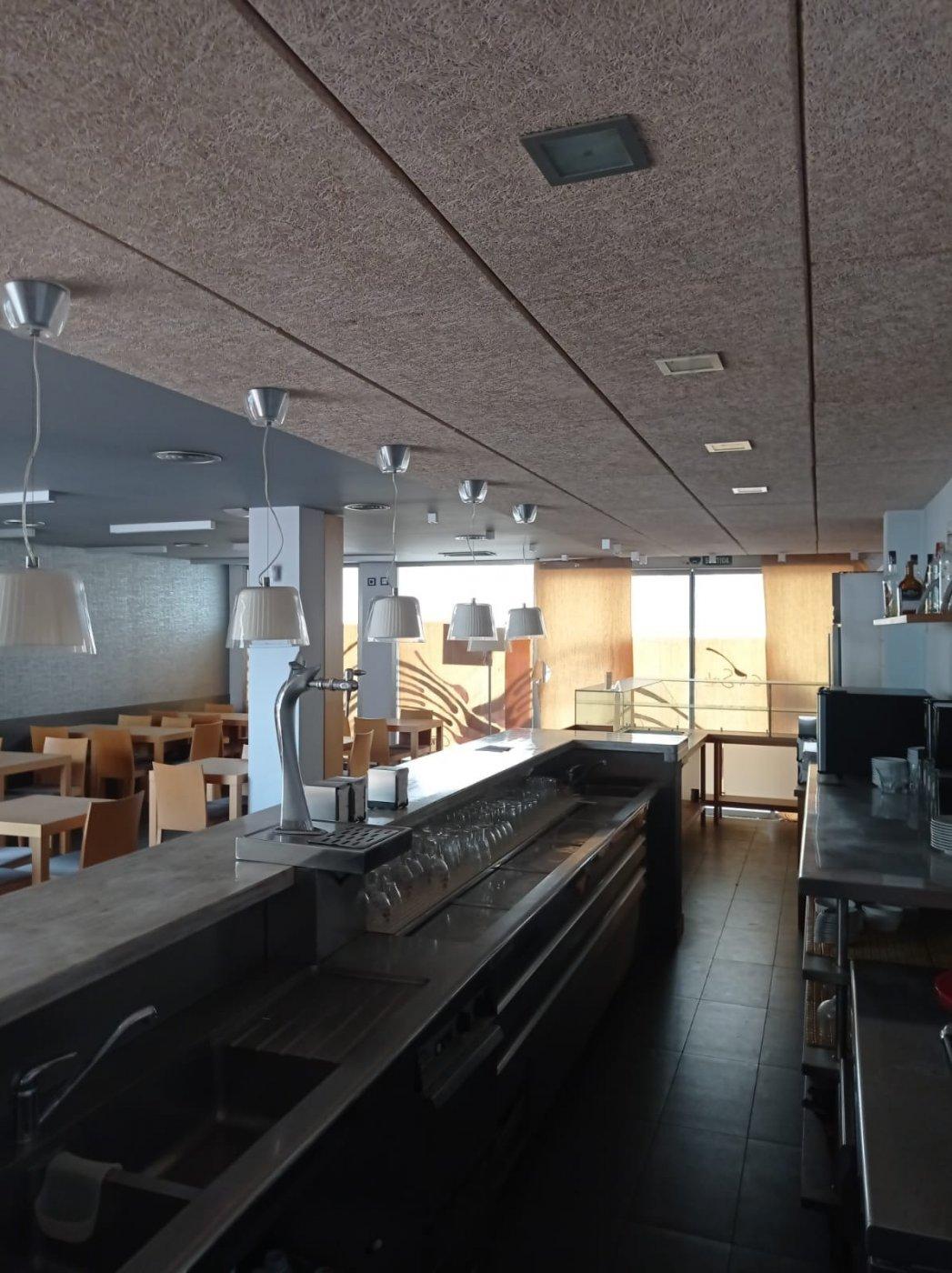 Venta o alquiler con opciÓn a compra de restaurante-bar en el centro de mahÓn totalmente e - imagenInmueble10