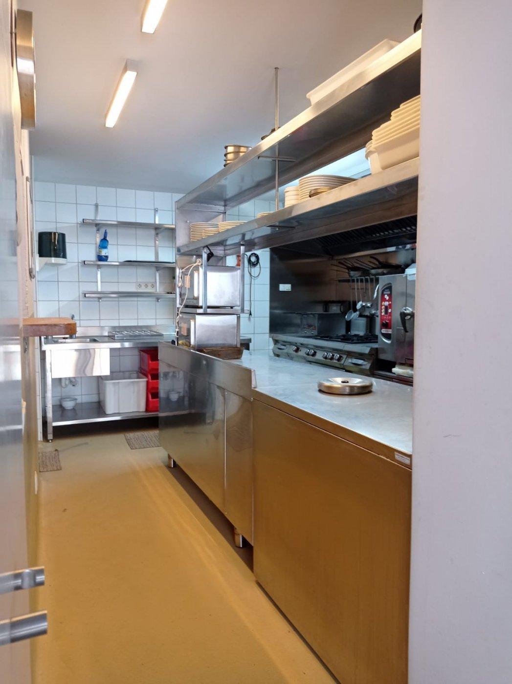 Venta o alquiler con opciÓn a compra de restaurante-bar en el centro de mahÓn totalmente e - imagenInmueble15