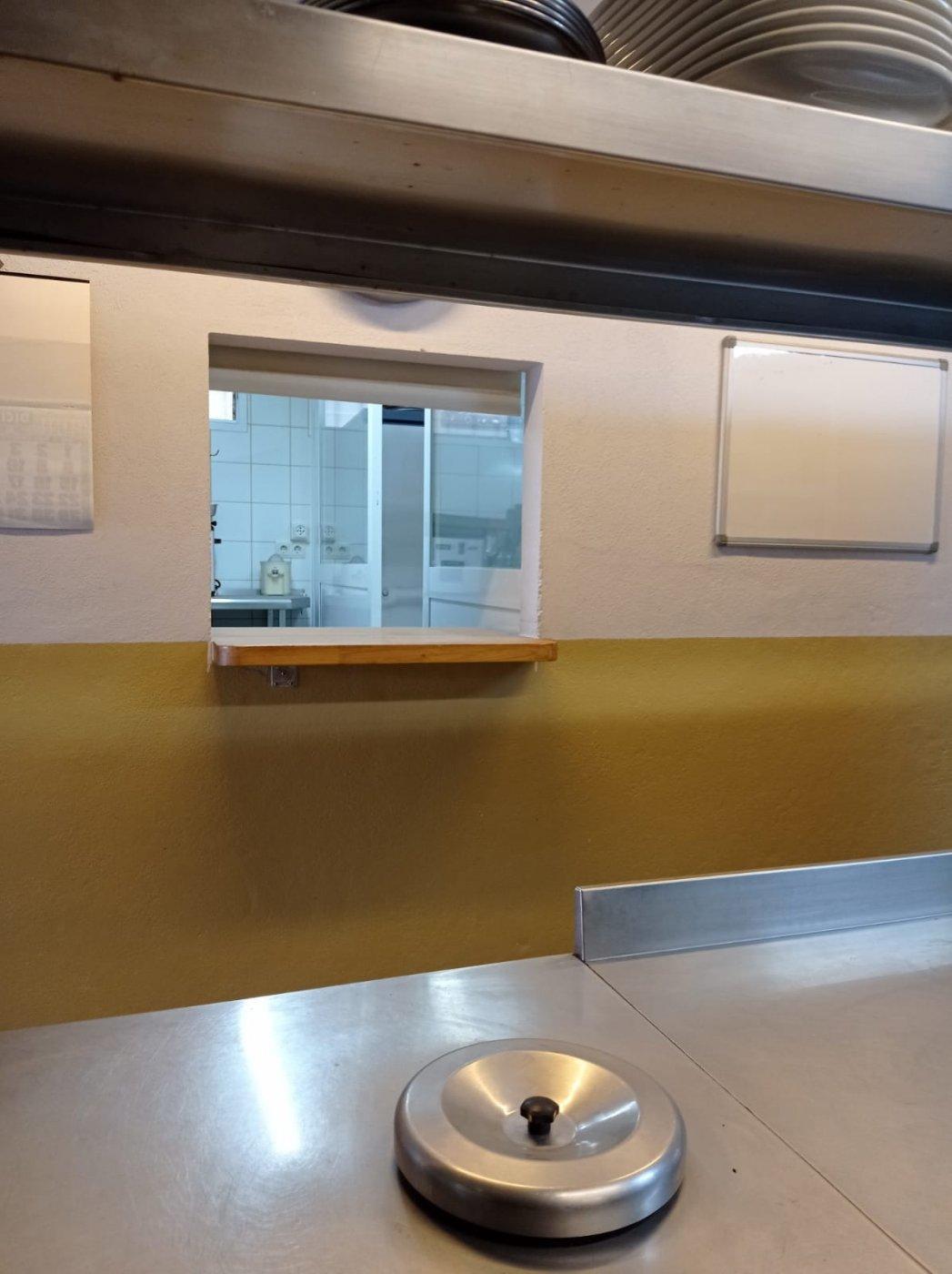 Venta o alquiler con opciÓn a compra de restaurante-bar en el centro de mahÓn totalmente e - imagenInmueble17