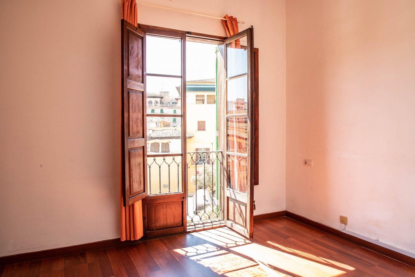 Precioso piso antiguo con mucho carácter en el centro de palma - imagenInmueble0