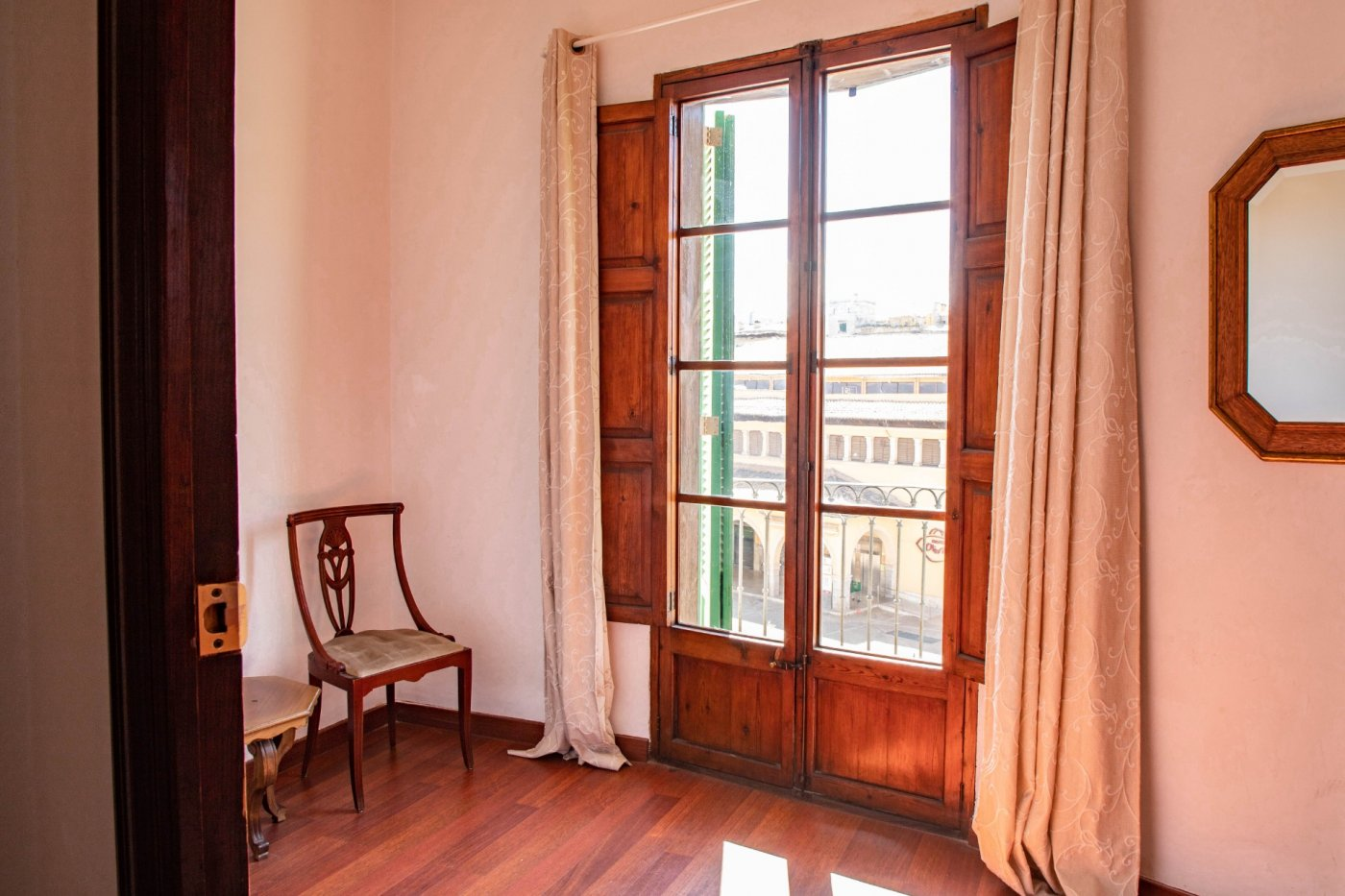 Precioso piso antiguo con mucho carácter en el centro de palma - imagenInmueble9