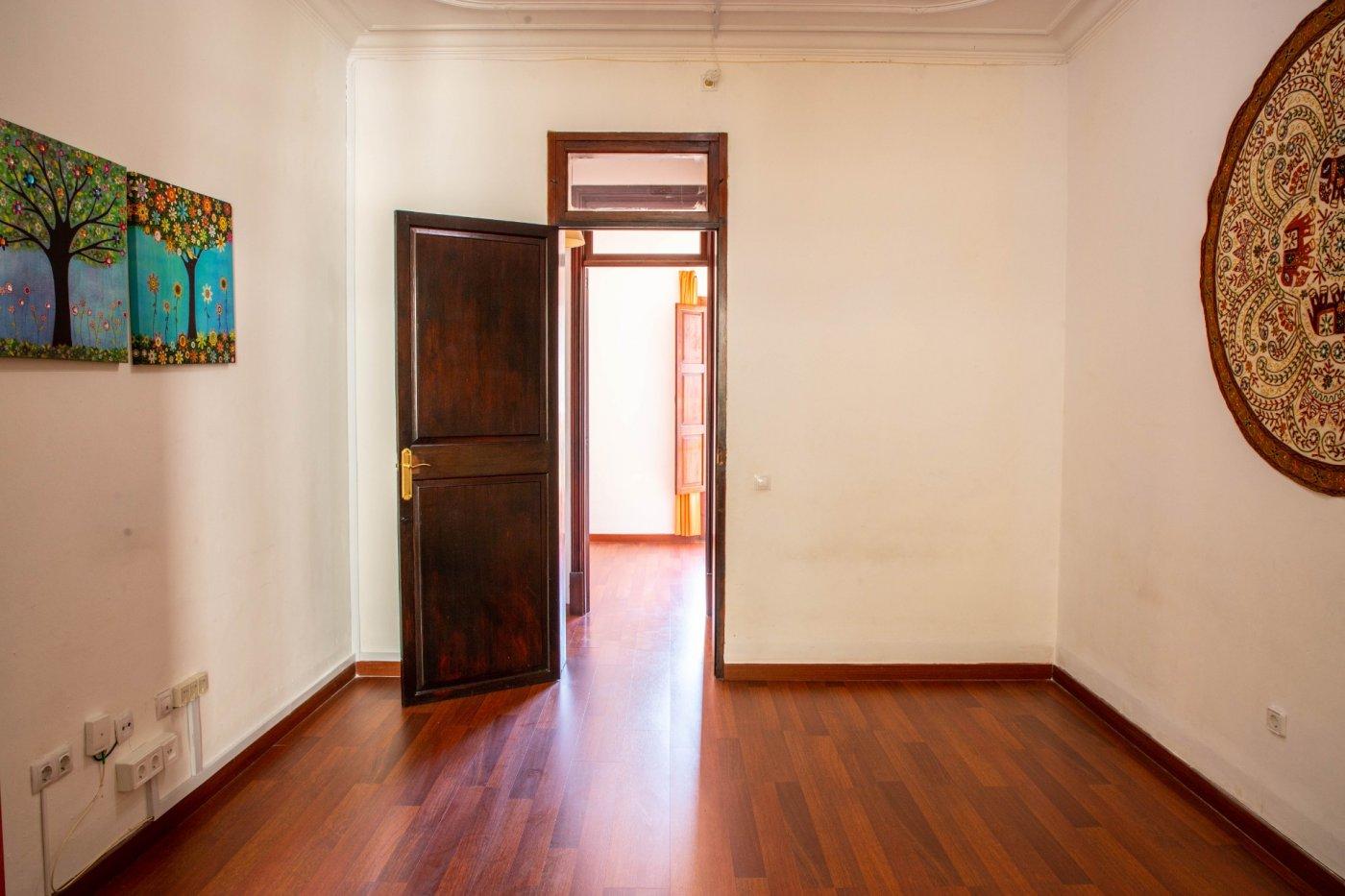 Precioso piso antiguo con mucho carácter en el centro de palma - imagenInmueble5