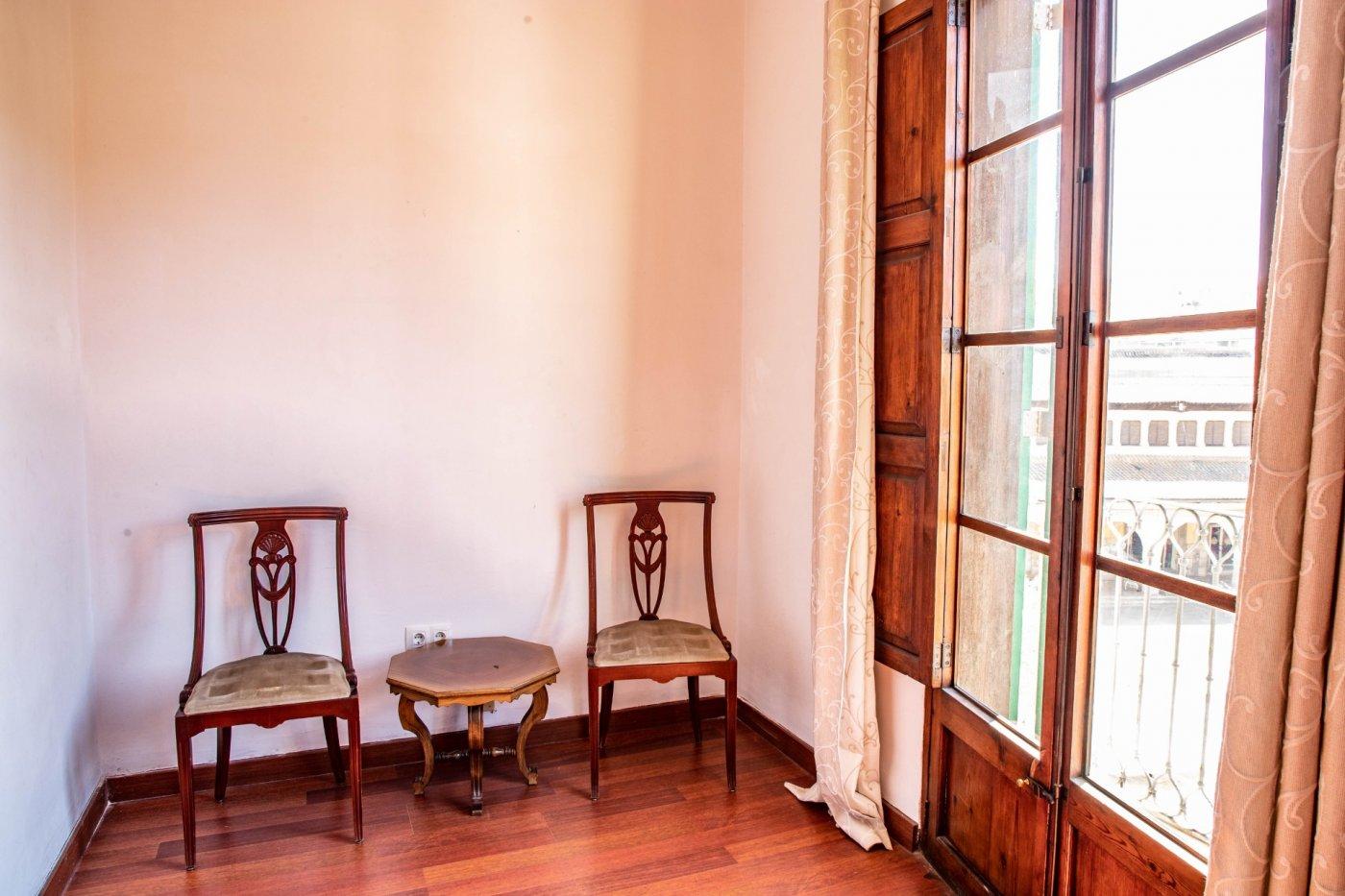Precioso piso antiguo con mucho carácter en el centro de palma - imagenInmueble8