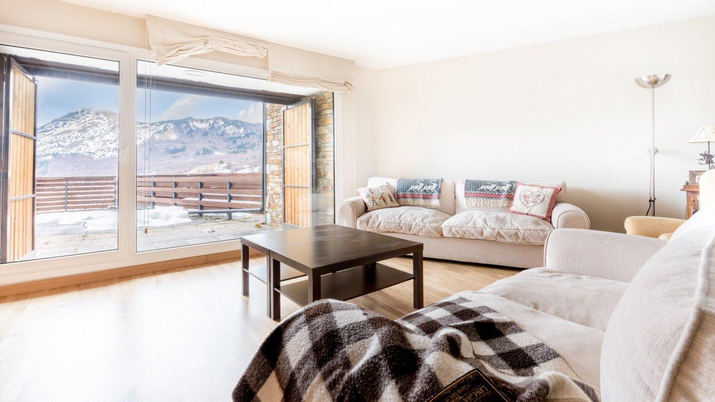 piso en sallent-de-gallego · formigal 500000€