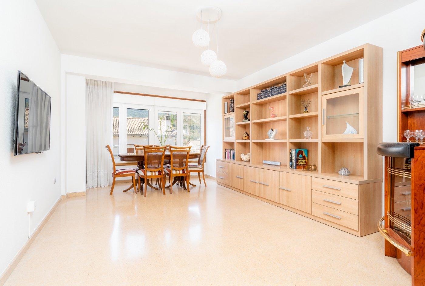 piso en sabinanigo · centro 140000€