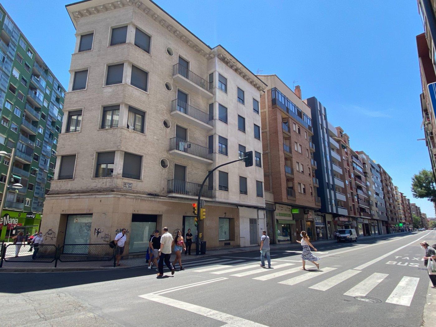 Local Comercial · Zaragoza · Miguel Servet 2.500€ MES€