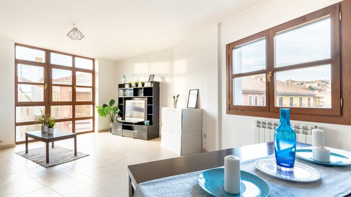 piso en borja · -centro- 60000€