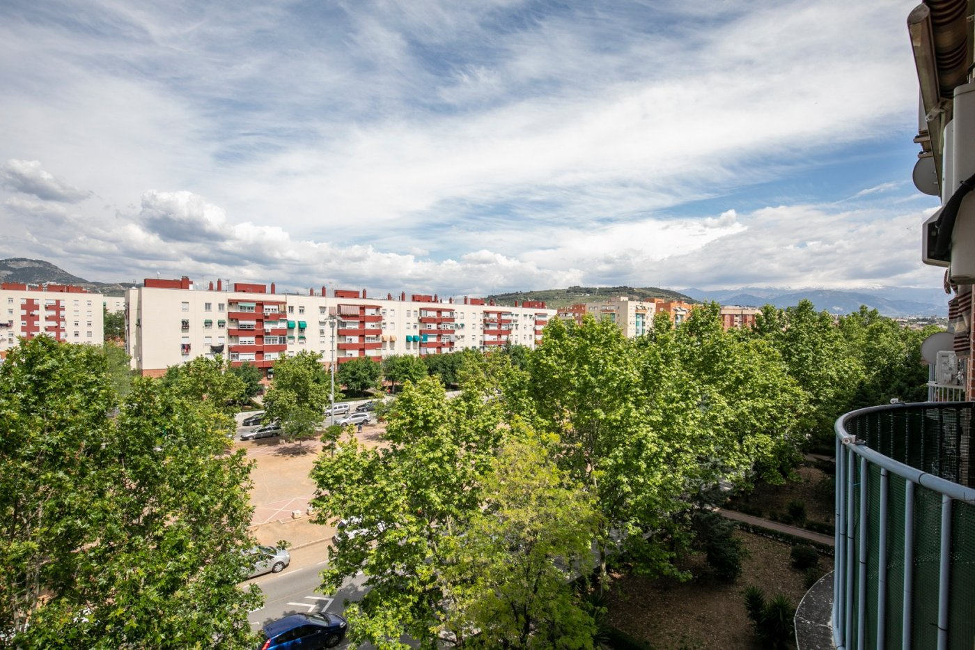PRECIOSO PISO DE 2 DORMITORIOS EXTERIOS CON GARAJE Y TRASTERO, Granada