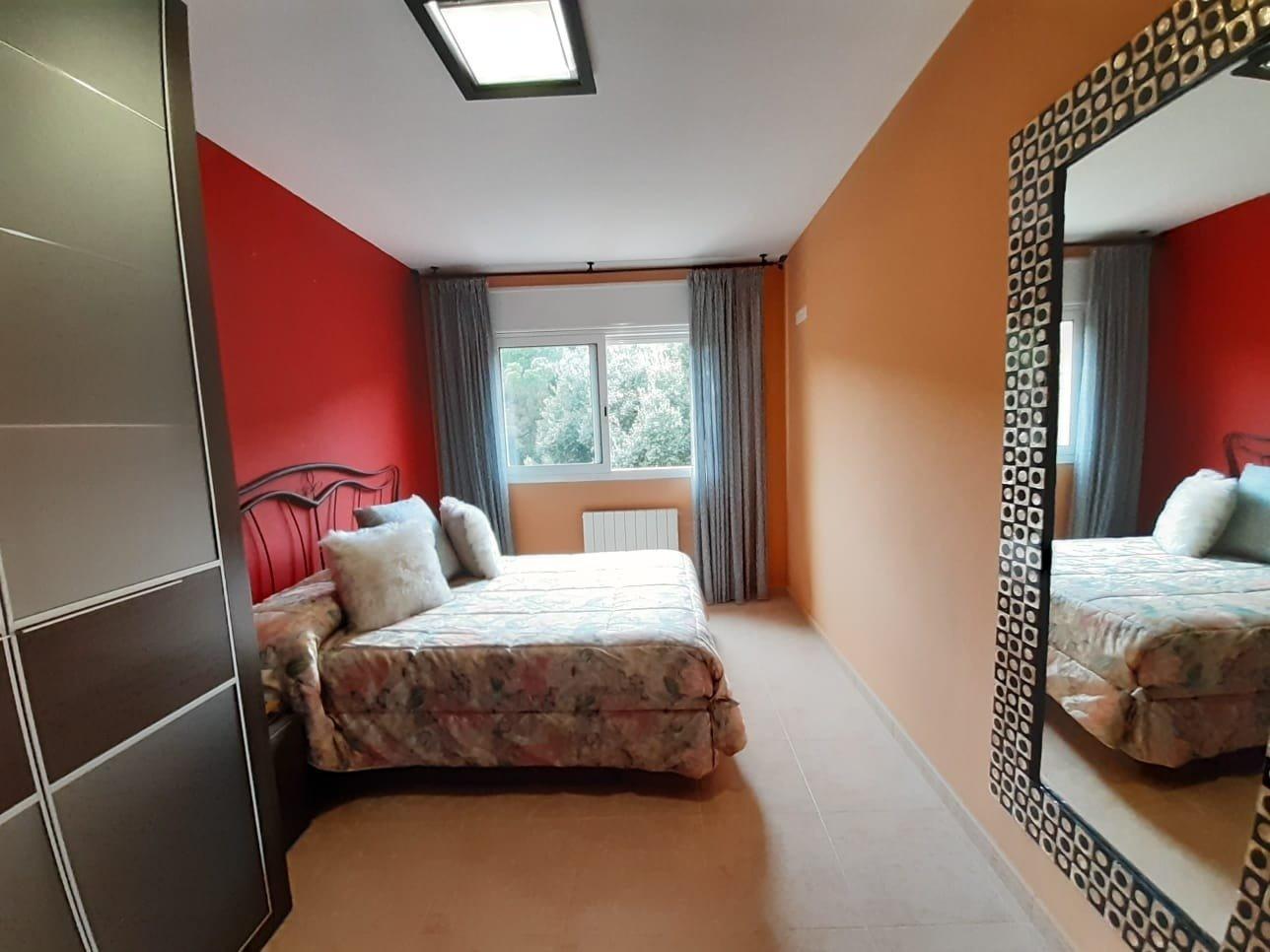 Piso de 3 habitaciones + parking en finca seminueva - imagenInmueble2
