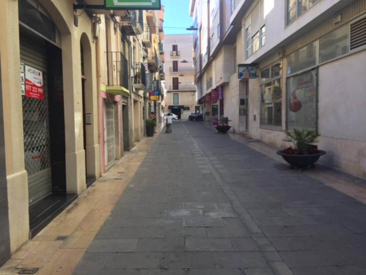 Premises for rent in Avda. prat de la riba, Reus