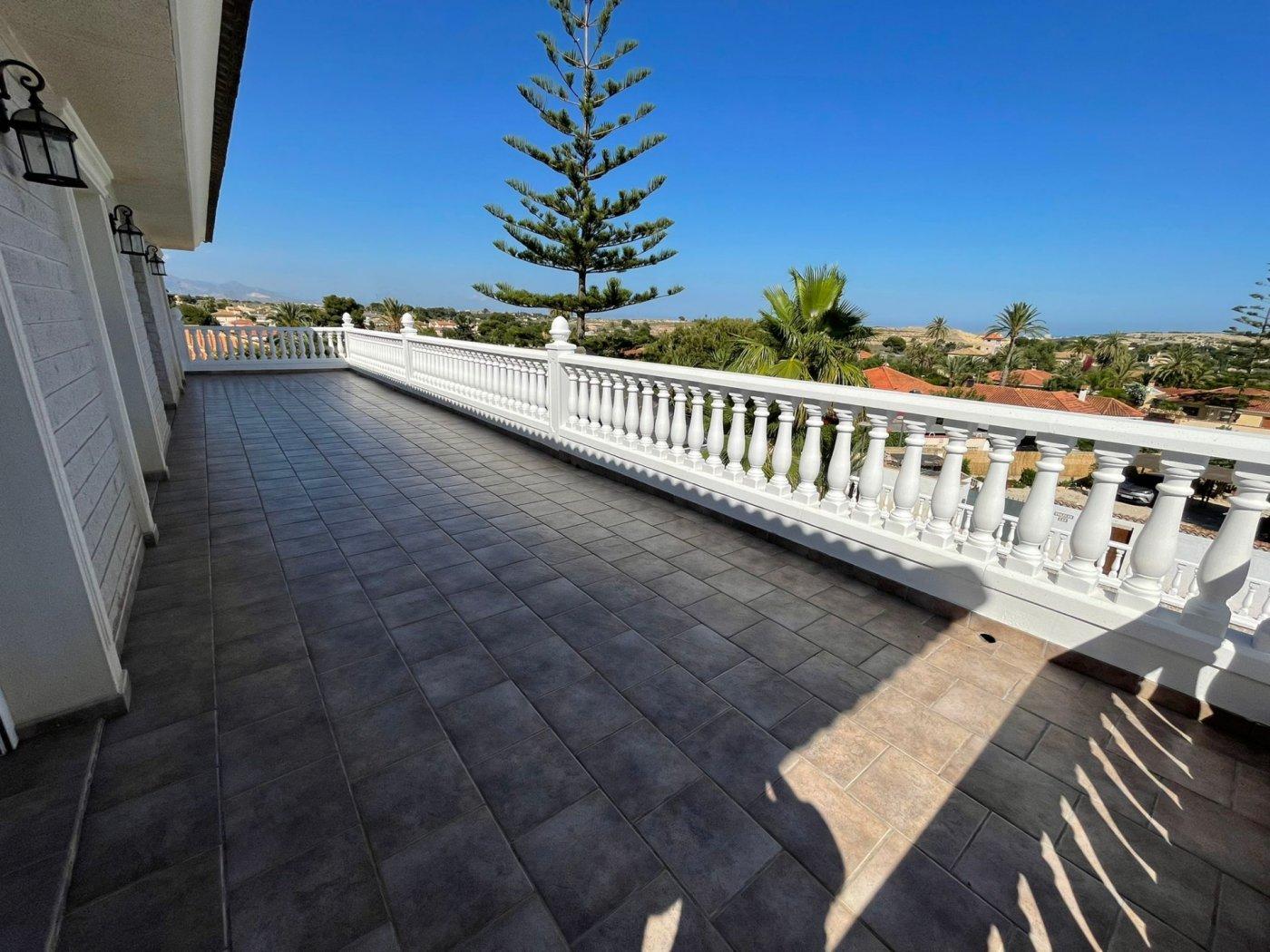 Espectacular villa en los girasoles - imagenInmueble35
