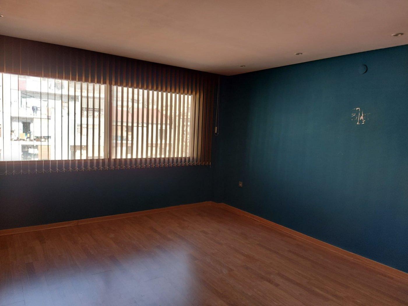 Oficina en venta o alquiler en el centro de alicante - imagenInmueble4