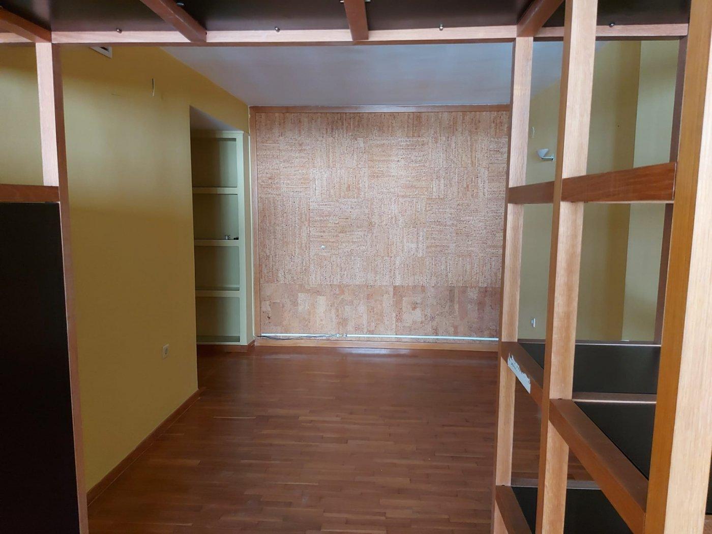 Oficina en venta o alquiler en el centro de alicante - imagenInmueble8