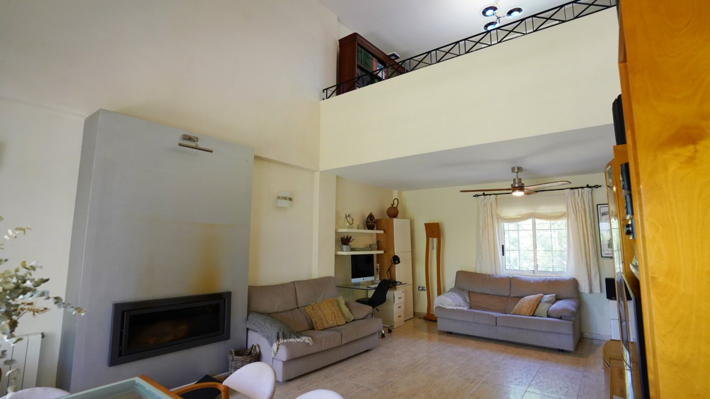 Gran propiedad en urbanizacion villamontes - imagenInmueble15
