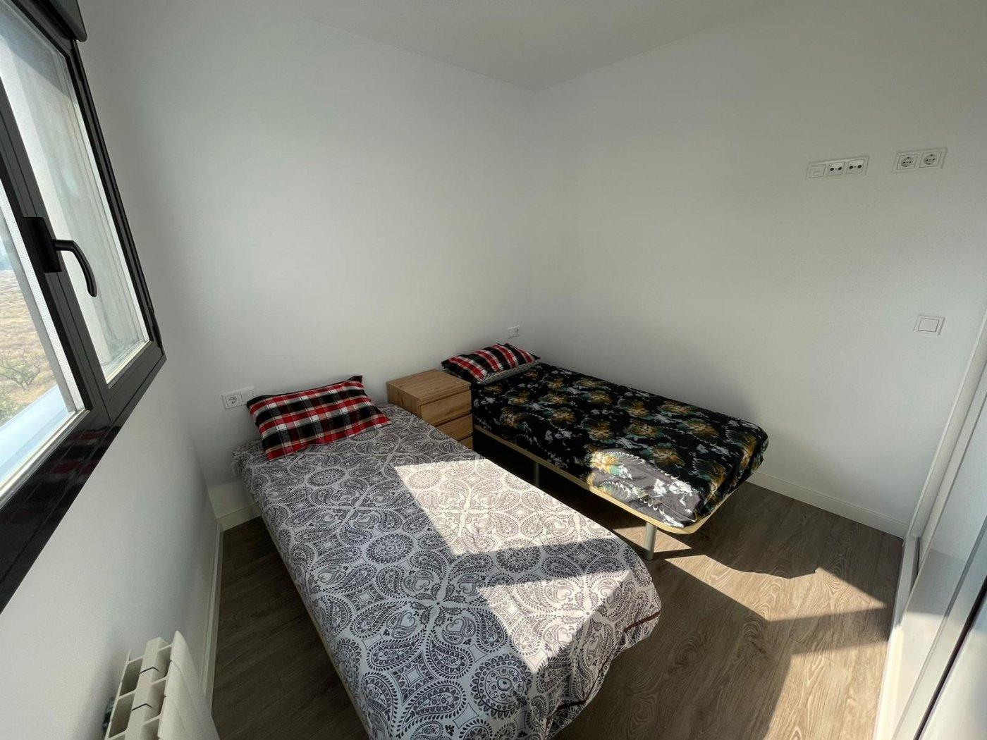 Urbanización, vvda en alquiler amueblada con garaje y trastero. 5 min. playa - imagenInmueble8
