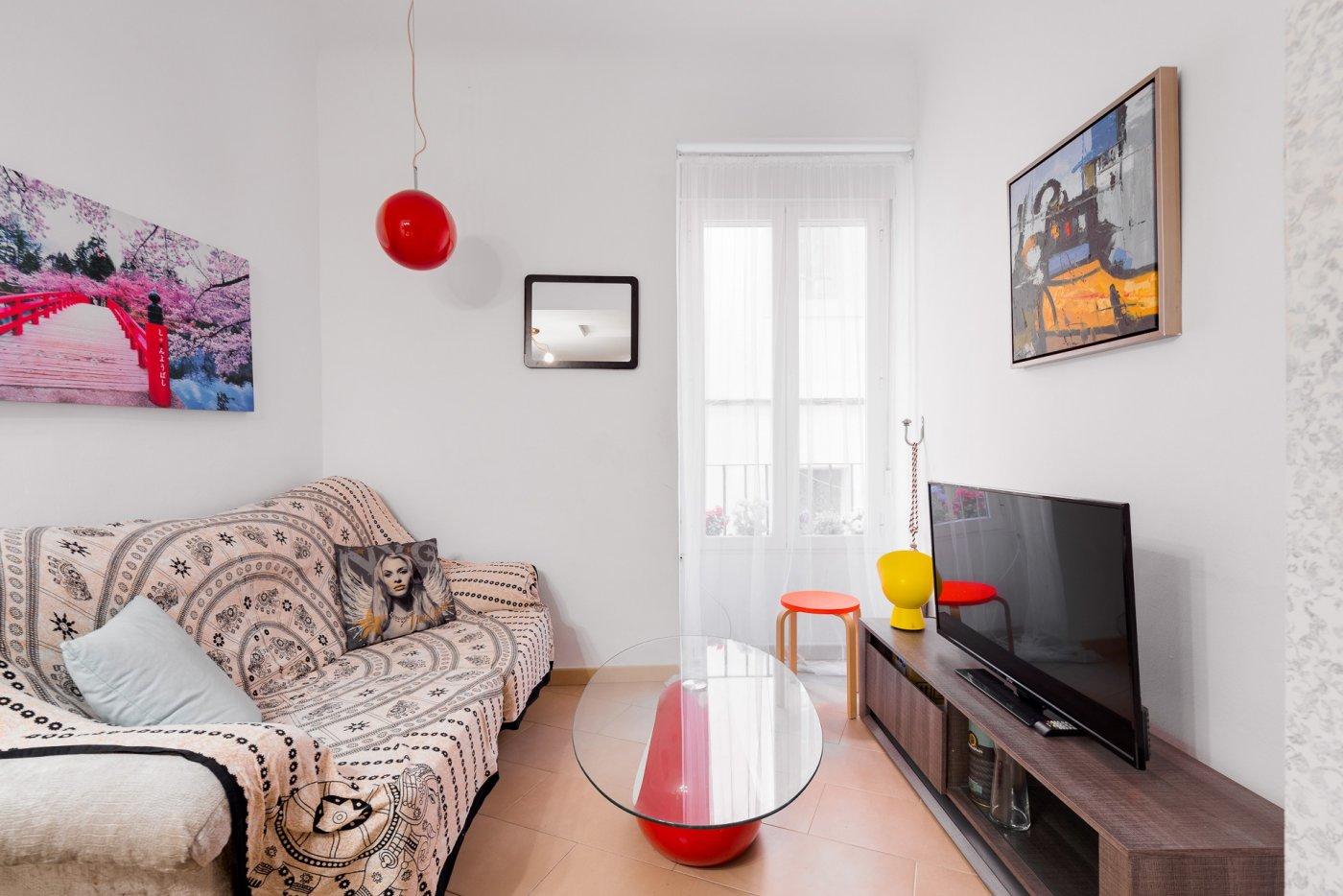 Oportunidad, piso en venta con licencia turística - imagenInmueble8