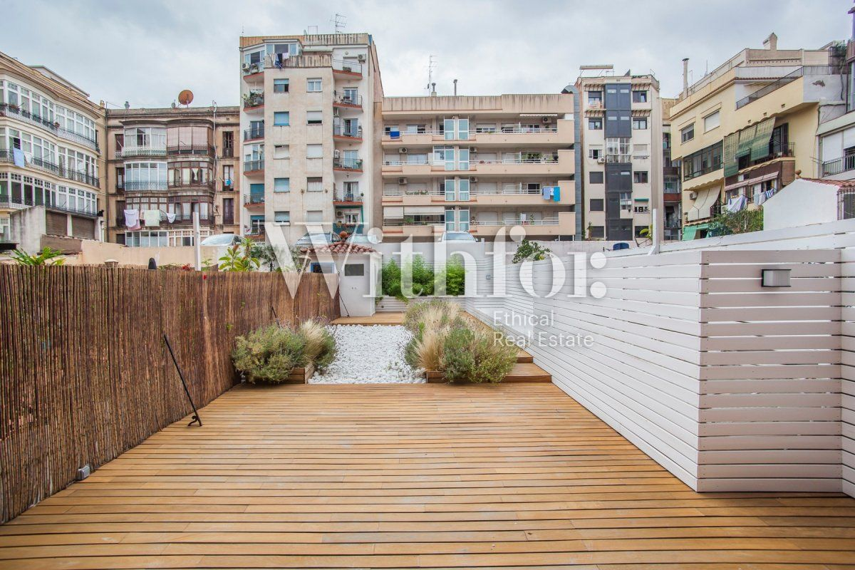 Bright apartment with terrace on Passeig Sant Joan - 13