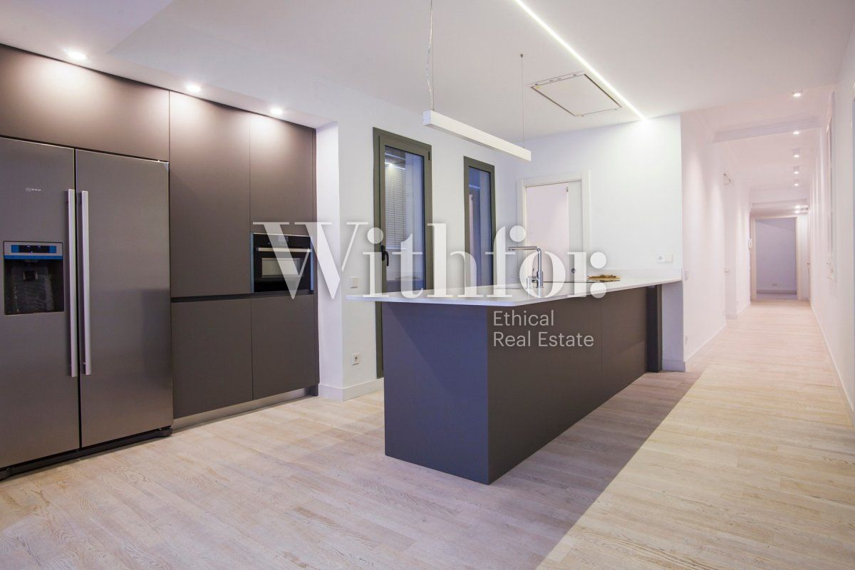 Bright apartment with terrace on Passeig Sant Joan - 15