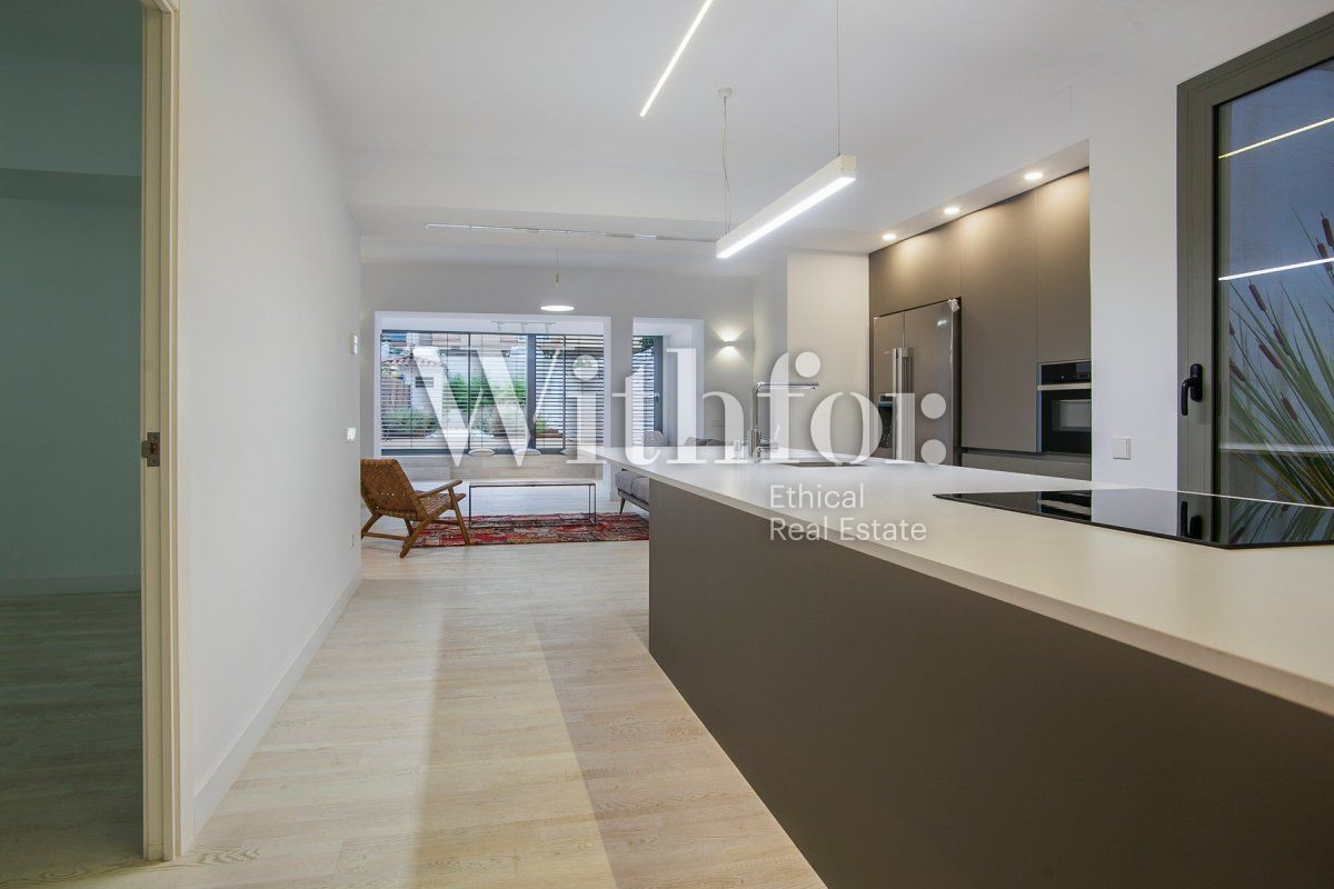 Bright apartment with terrace on Passeig Sant Joan - 16