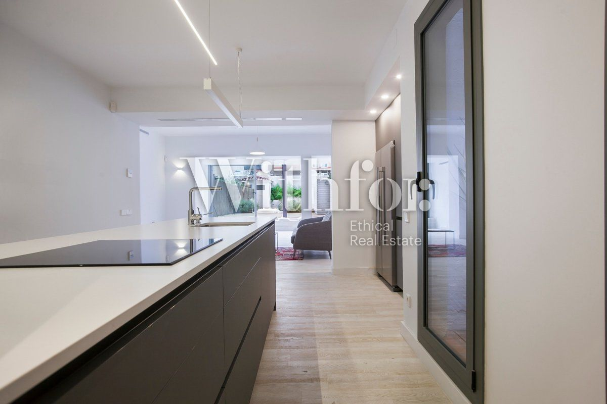 Bright apartment with terrace on Passeig Sant Joan - 17