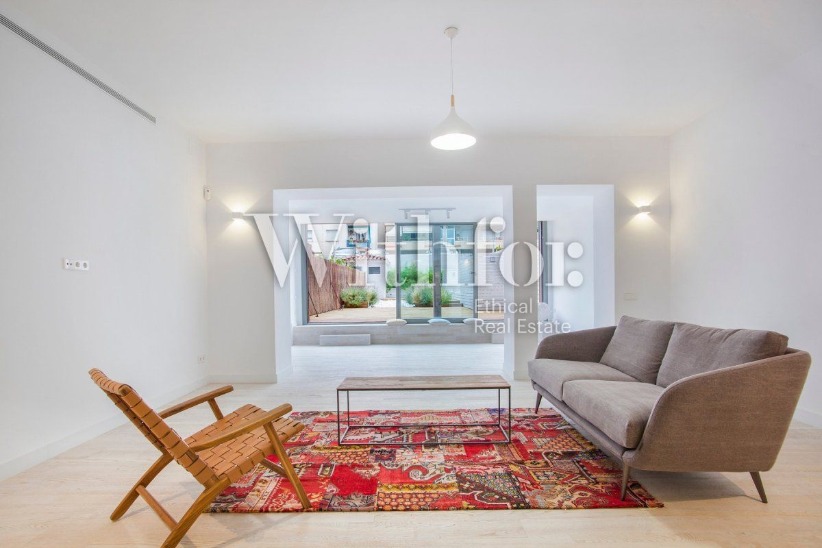 Bright apartment with terrace on Passeig Sant Joan - 2