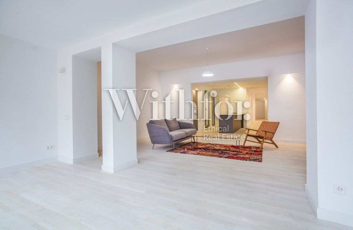 Bright apartment with terrace on Passeig Sant Joan - 6