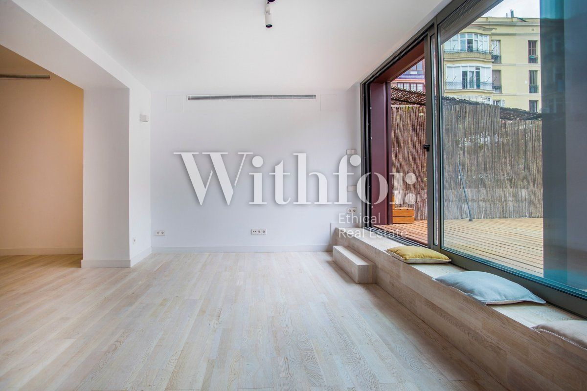 Bright apartment with terrace on Passeig Sant Joan - 9